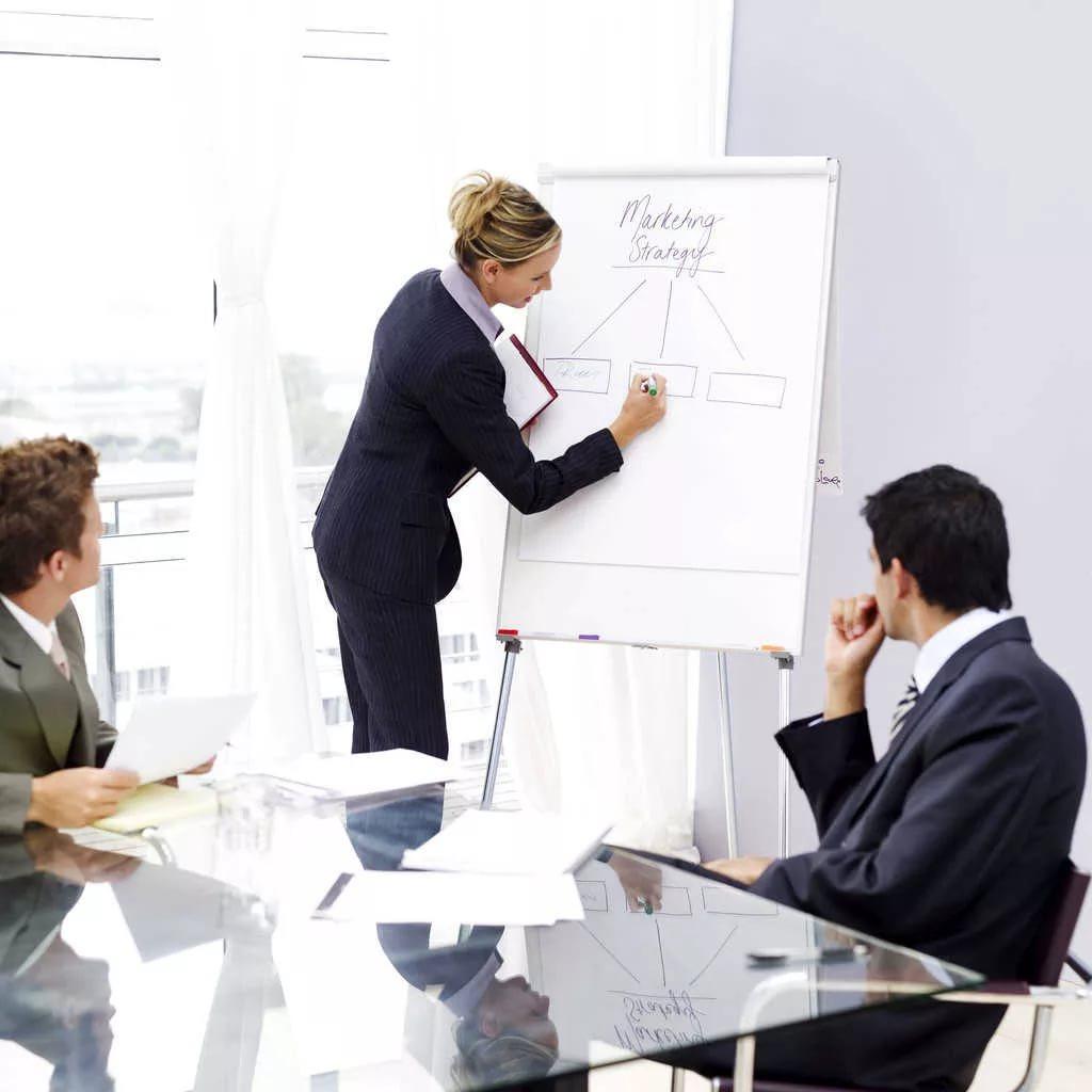 Наши опытные специалисты готовы взяться за продвижение сайта любой сложности и выполнить все качественно в оговоренный срок