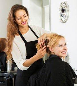 Как пройти курсы косметолога, парикмахера, маникюра?